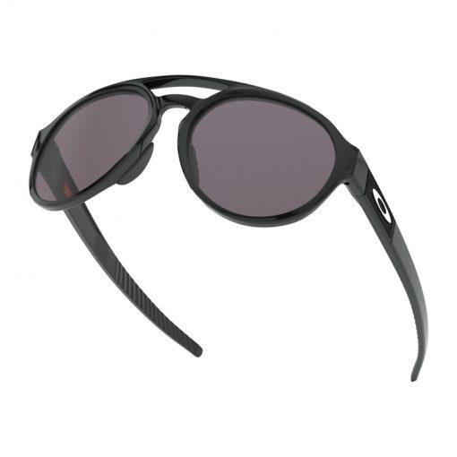 main oo9421 0158 forager polished black prizm grey 037 152712 png zoom 510x510 - عینک آفتابی اوکلی فوراگر - Oakley Forager Prizm OO9421-0158